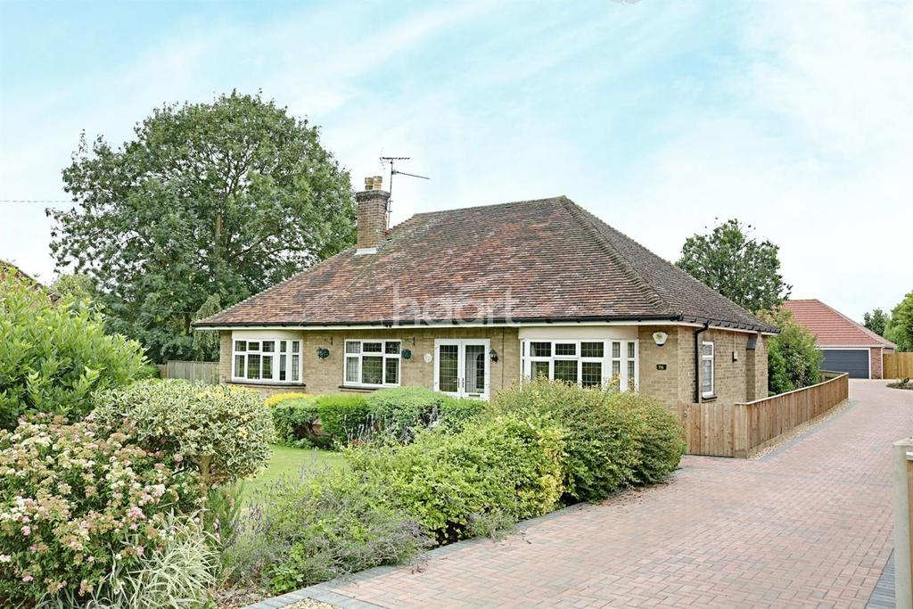 3 Bedrooms Bungalow for sale in Main Road, Parson Drove
