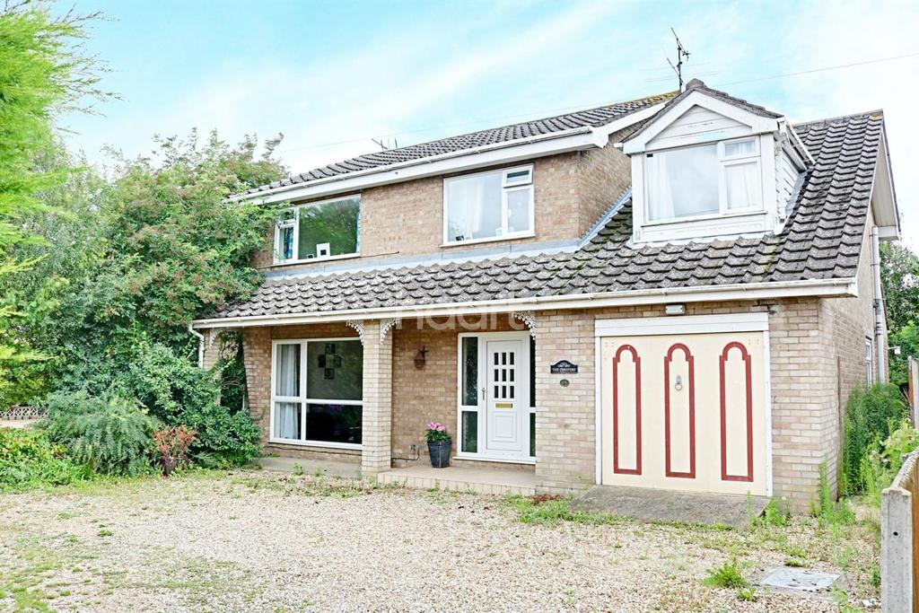 4 Bedrooms Detached House for sale in Old Lynn Road, Walsoken