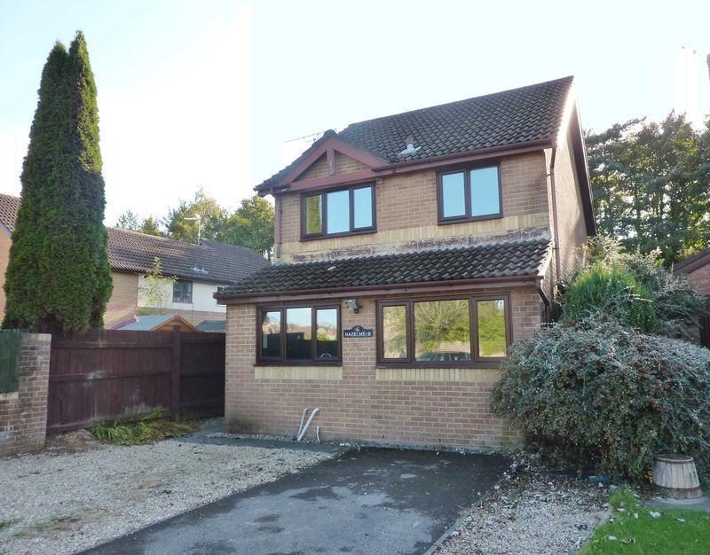 3 Bedrooms Detached House for sale in Heol Maes Yr Haf Pencoed Bridgend CF35 5PJ