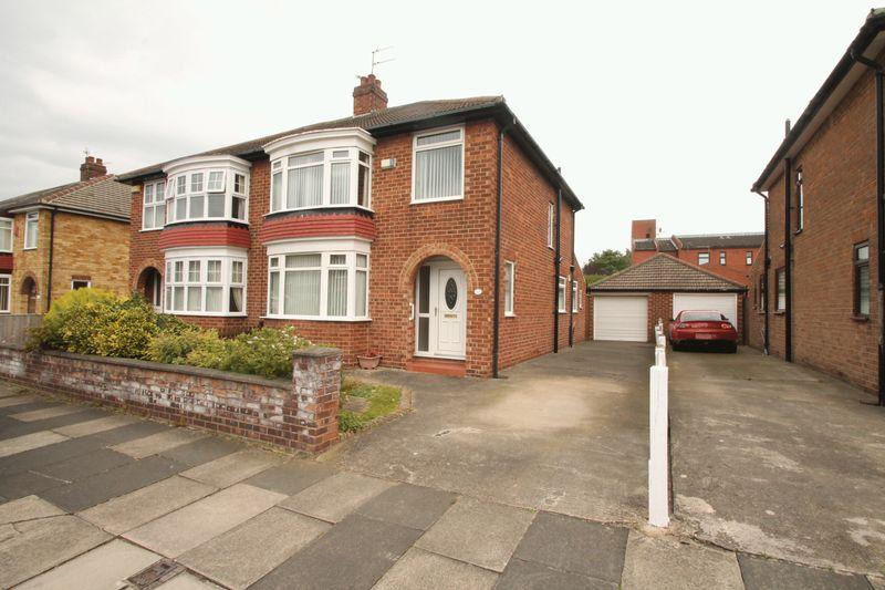 3 Bedrooms Semi Detached House for sale in Ruskin Avenue, Acklam