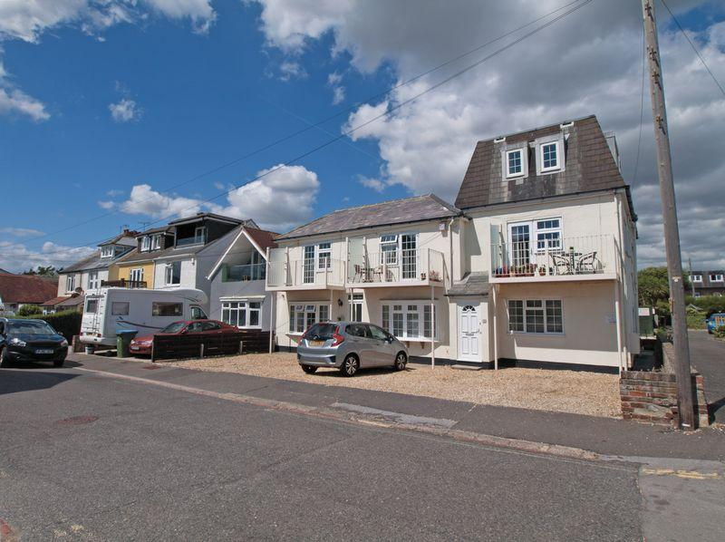 1 Bedroom Apartment Flat for sale in Felpham, West Sussex