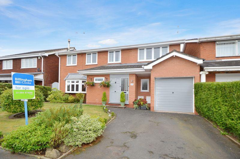 5 Bedrooms Detached House for sale in Redwood Road, Kinver