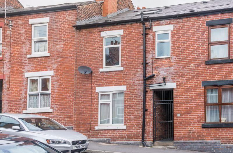 3 Bedrooms Terraced House for sale in Hamilton Road, Firth Park, S5 6WH - Three/Four Bedrooms - NO CHAIN!