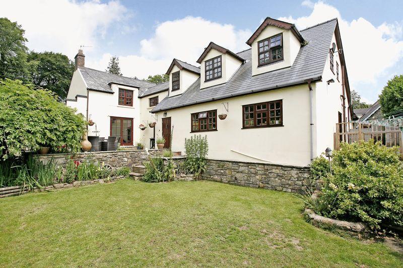 5 Bedrooms Cottage House for sale in Ivy Cottage, Court Colman, Bridgend, CF31 4NG