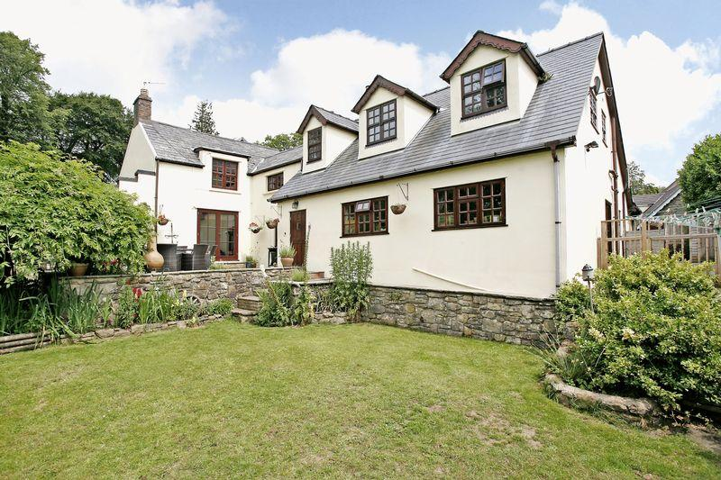5 Bedrooms Cottage House for sale in Ivy Cottage, Court Colman, Bridgend, CF31 4NG
