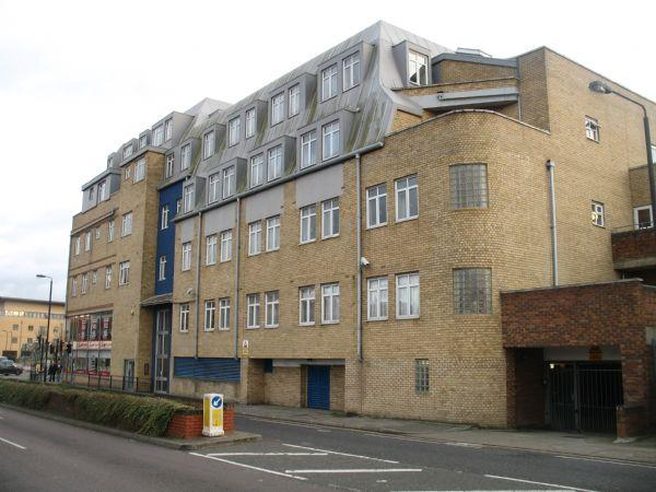 1 Bedroom Flat for sale in Bluepoint Court, Station Road, HARROW, Middlesex, HA1 2TS