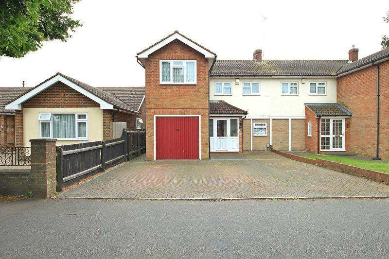 3 Bedrooms Semi Detached House for sale in Riddy Lane, Icknield, Luton