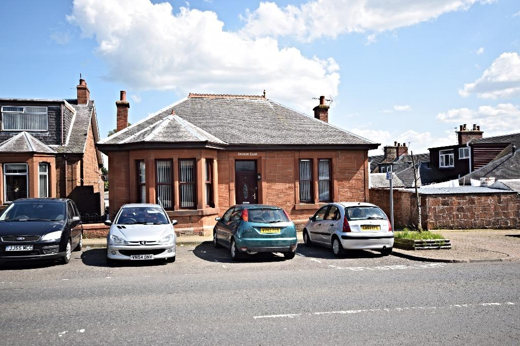 3 Bedrooms Bungalow for sale in Sorn Road, Auchinleck, South Ayrshire, KA18 2HL