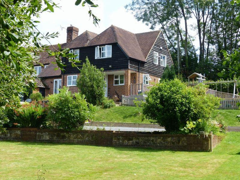 4 Bedrooms Semi Detached House for sale in Ladham Road, Goudhurst