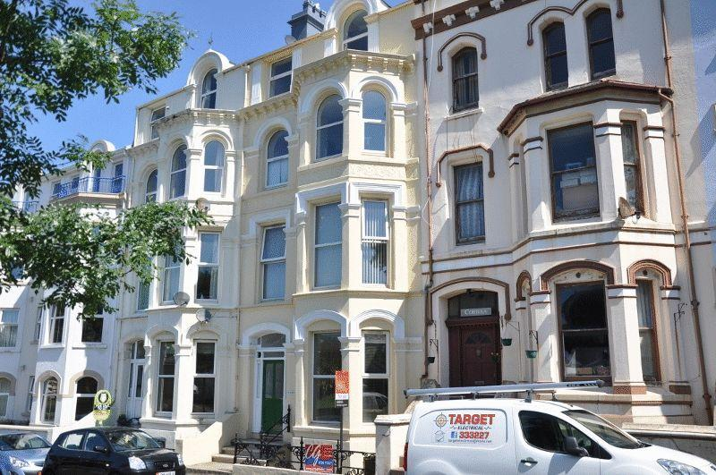 2 Bedrooms Apartment Flat for sale in Stanley Mount West, Ramsey