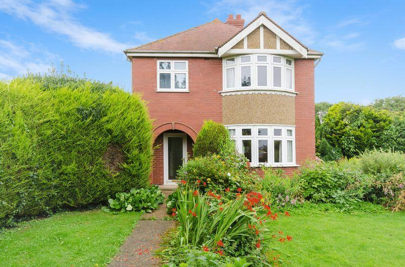 3 Bedrooms Detached House for sale in Thorpe Fendykes, Nr Wainfleet
