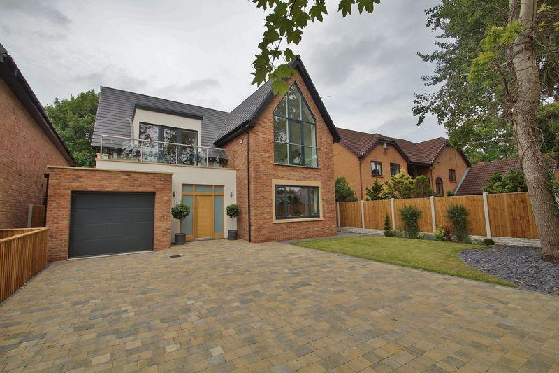 4 Bedrooms Detached House for sale in The Hillside, Victoria Place, Freshfield