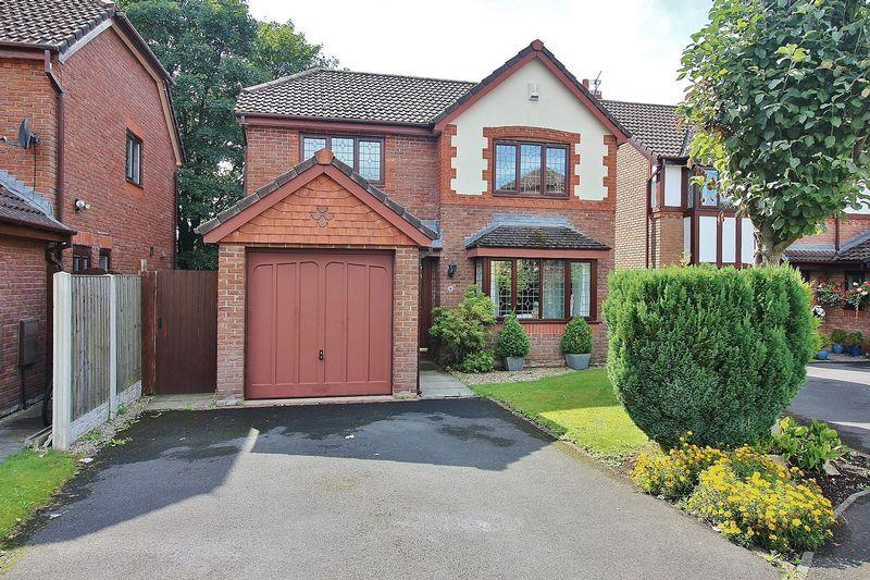 4 Bedrooms Detached House for sale in Maesbrook Close, Southport