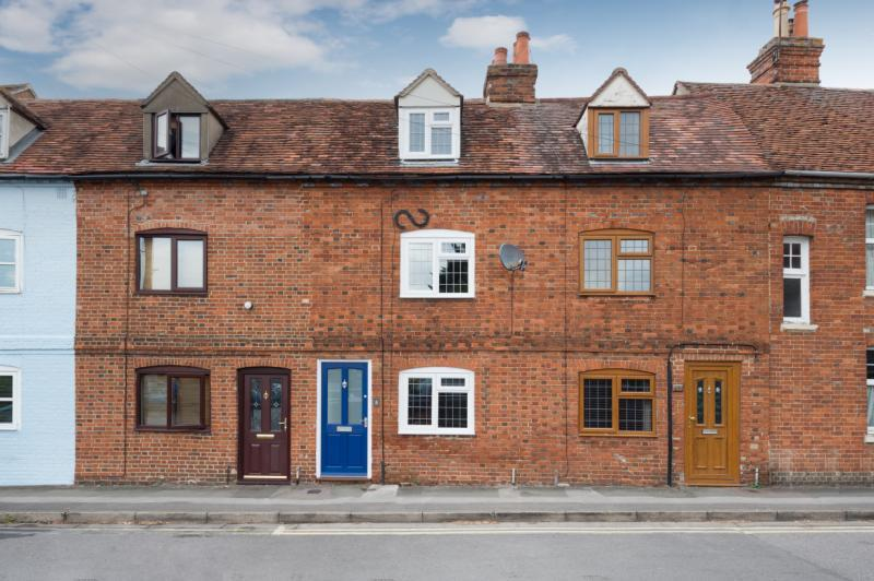 2 Bedrooms Terraced House for sale in St. Edmunds Lane, Abingdon