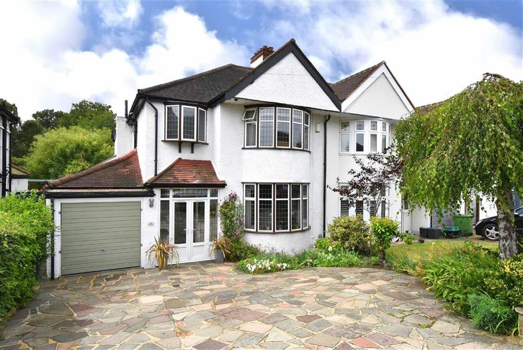 3 Bedrooms Semi Detached House for sale in The Knoll, Hayes, Kent