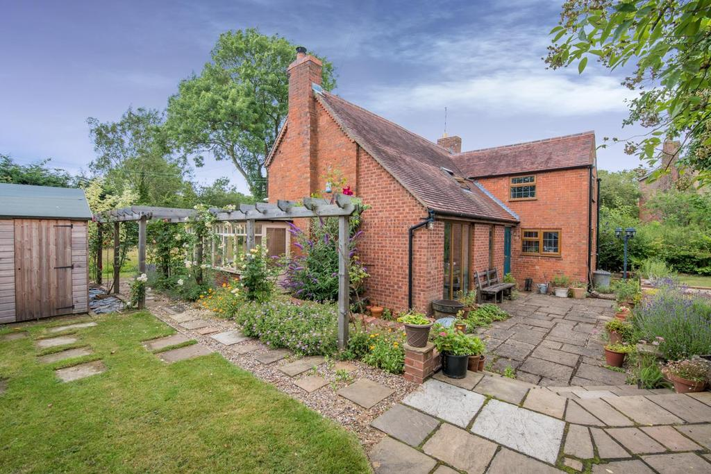 3 Bedrooms House for sale in Pratts Lane, Mappleborough Green, Studley