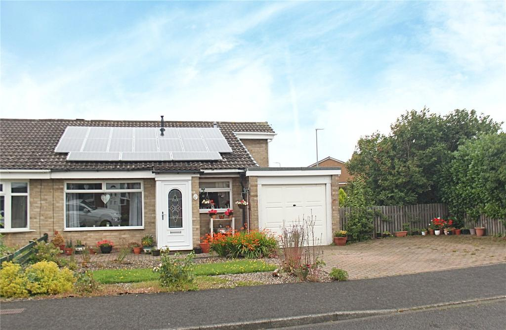 2 Bedrooms Semi Detached Bungalow for sale in Debruse Avenue, Yarm