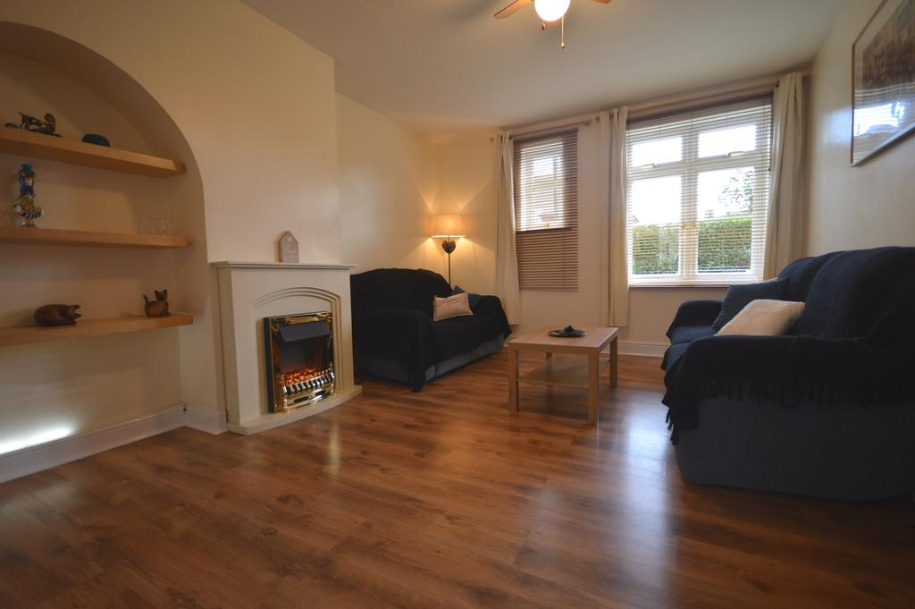 3 Bedrooms End Of Terrace House for sale in Overdown Road Catford SE6