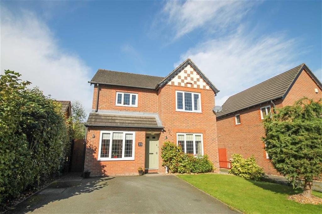 3 Bedrooms Detached House for sale in Coronet Avenue, Kingsmead