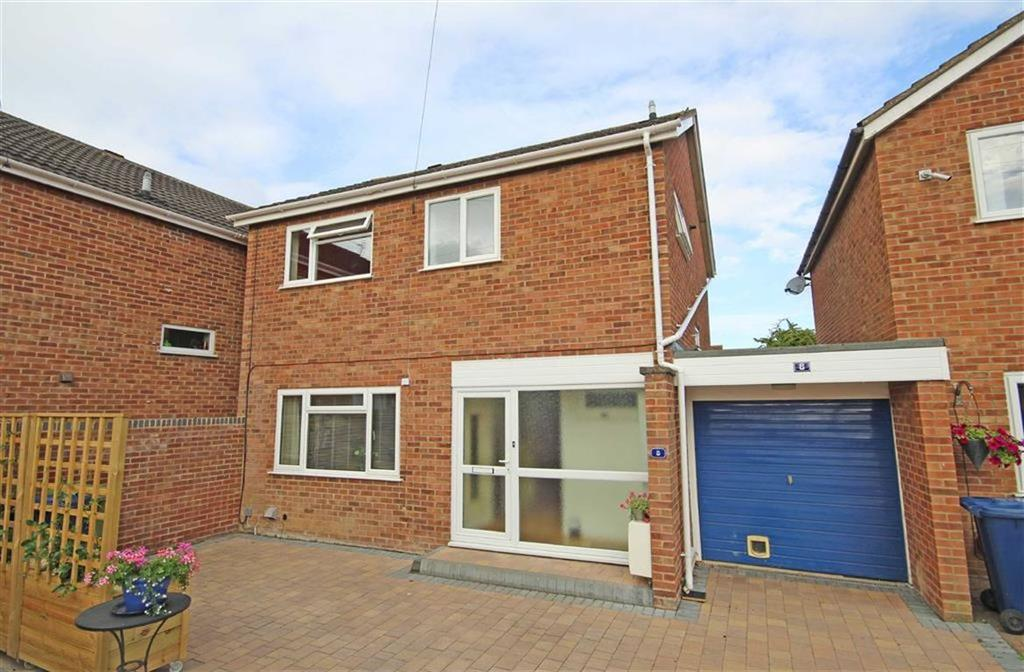 3 Bedrooms Link Detached House for sale in Lears Drive, Bishops Cleeve, Cheltenham, GL52