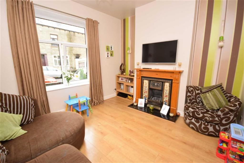 3 Bedrooms Terraced House for sale in Elm Street, Colne, Lancashire