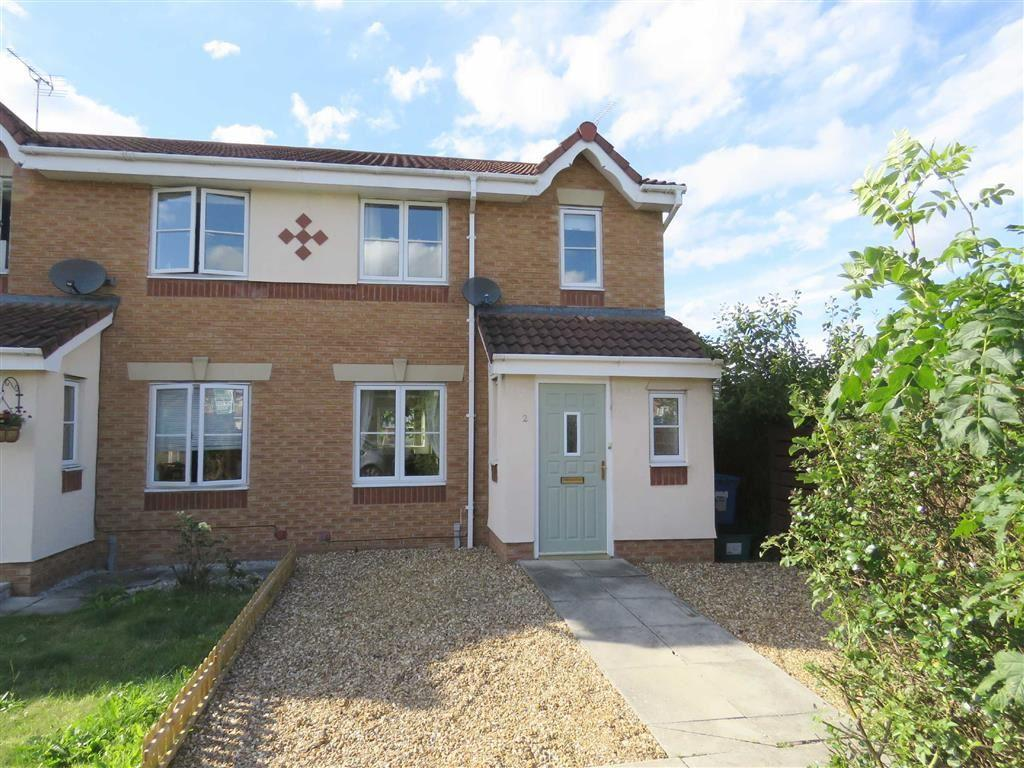 3 Bedrooms Semi Detached House for sale in Fishguard Close, Wrexham, LL13