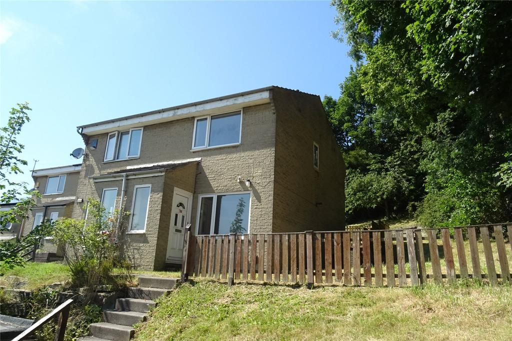 2 Bedrooms Terraced House for sale in Lichfield Mount, Bradford, West Yorkshire, BD2