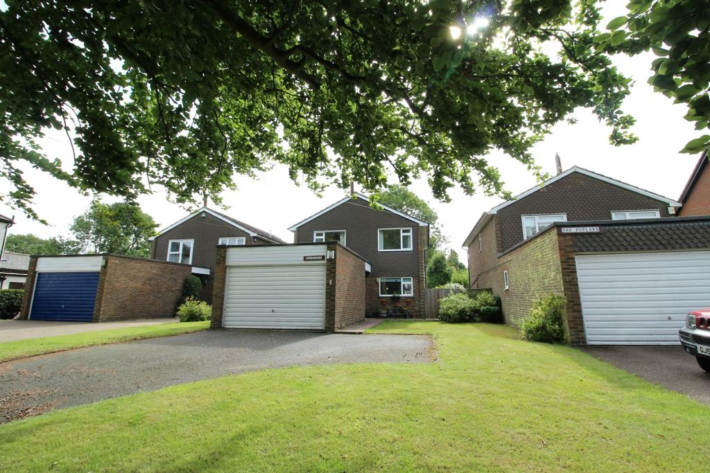 4 Bedrooms Detached House for sale in Wrotham Road, Meopham DA13