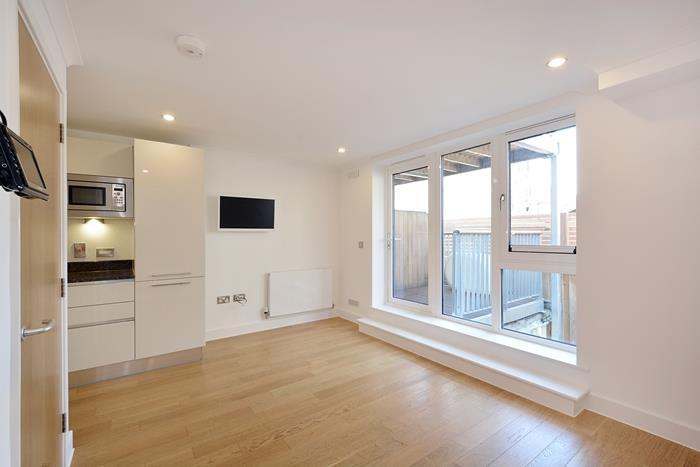 2 Bedrooms Apartment Flat for sale in Trinity Mews, London, E1