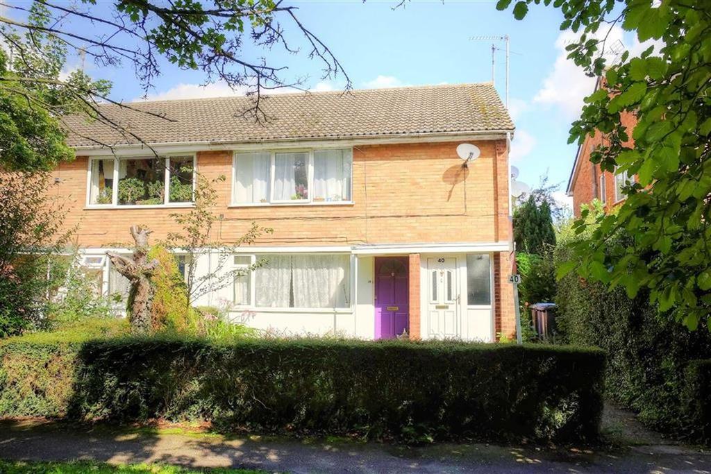 2 Bedrooms Maisonette Flat for sale in Hillfield Road, Comberton, Cambridge
