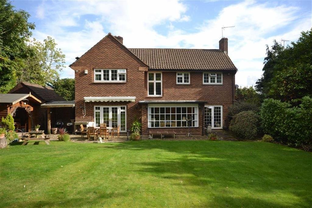 4 Bedrooms Detached House for sale in Southway, Totteridge, London
