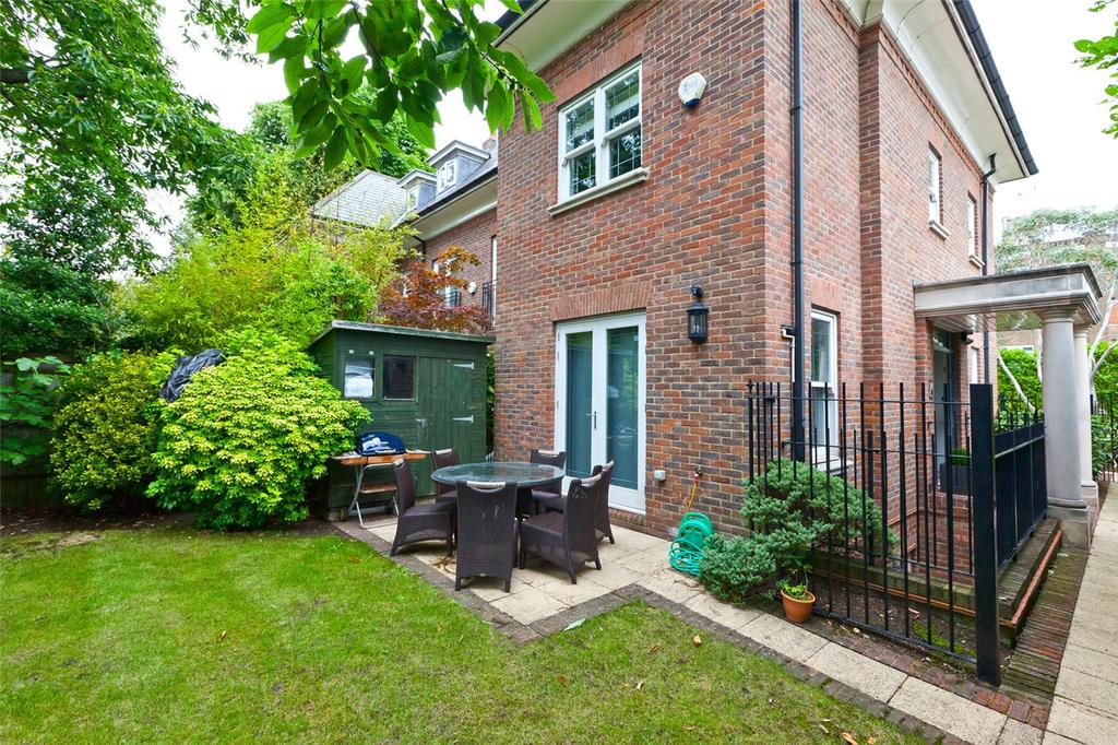 4 Bedrooms Town House for sale in Wetherley Court, North Hill, London, N6