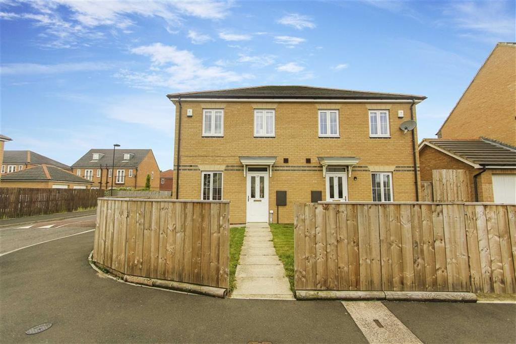 3 Bedrooms Semi Detached House for sale in Charnwood Avenue, Longbenton, Newcastle Upon Tyne
