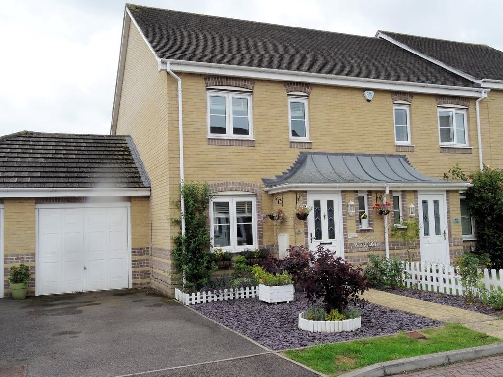 3 Bedrooms House for sale in Upavon Close