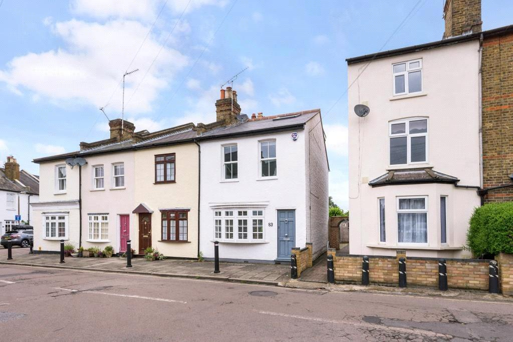 3 Bedrooms End Of Terrace House for sale in Lion Road, Twickenham, TW1