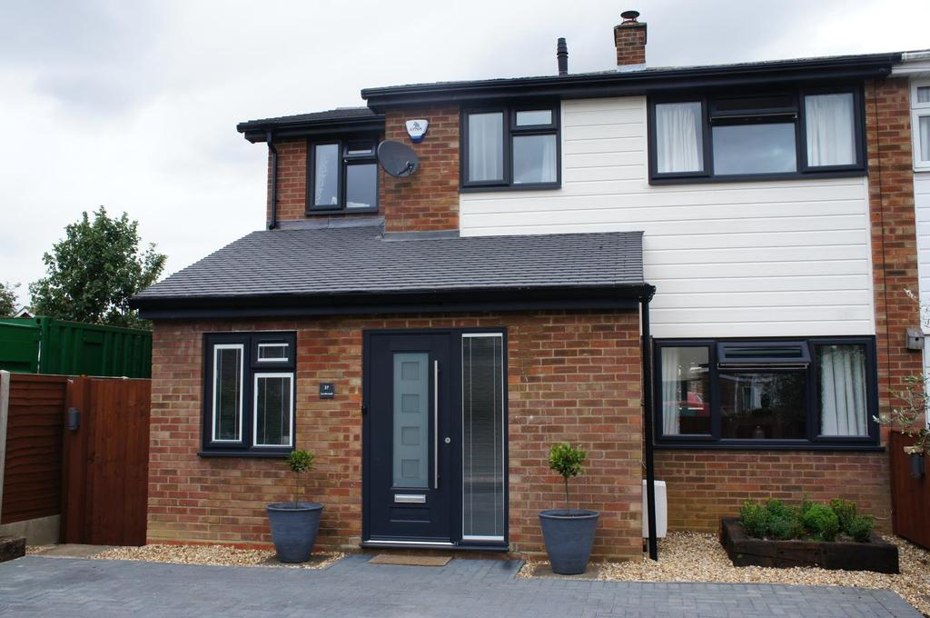 4 Bedrooms Semi Detached House for sale in Lordsmead, Cranfield, Bedfordshire