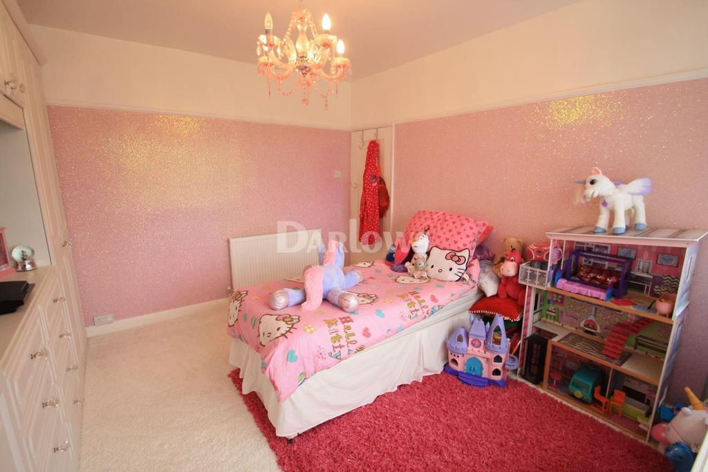 3 Bedrooms Semi Detached House for sale in Beaufort Road, Tredegar, Gwent
