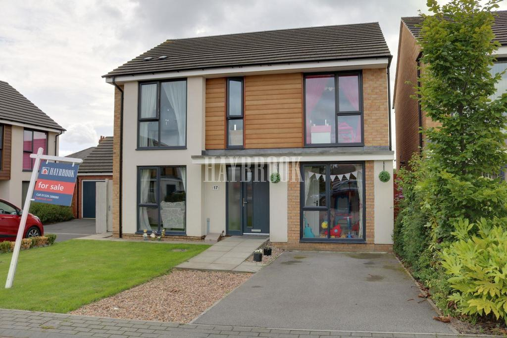 4 Bedrooms Detached House for sale in The Pastures, Royston