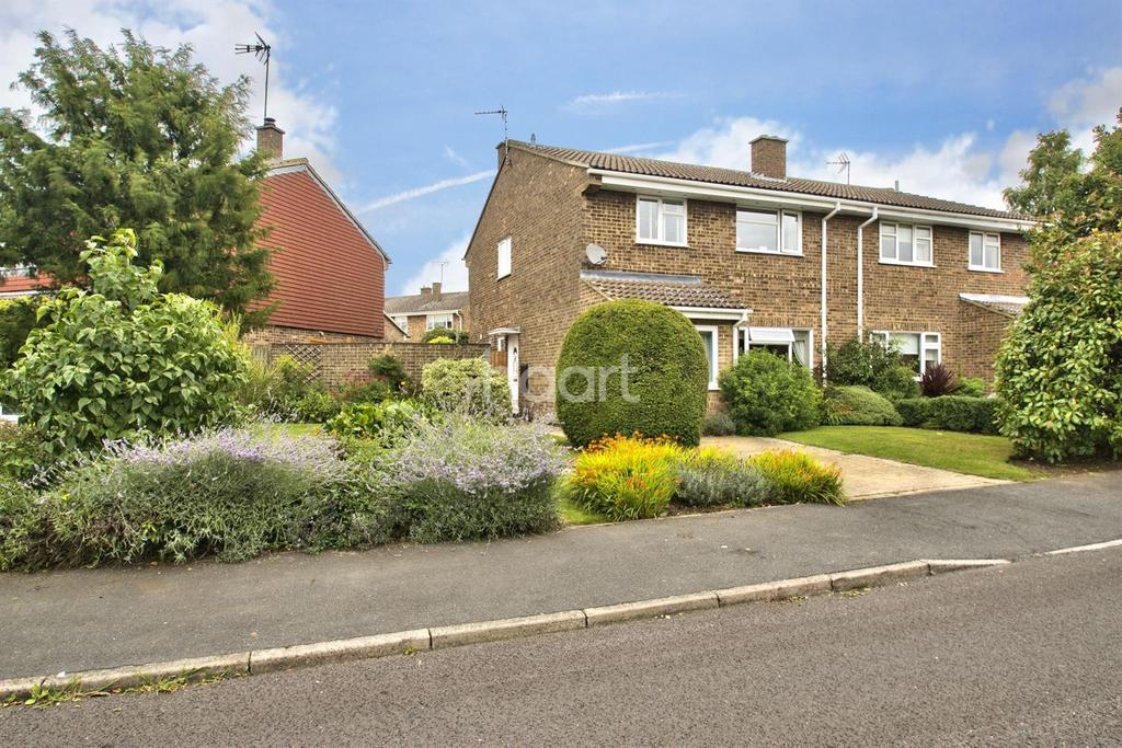 4 Bedrooms Semi Detached House for sale in Dolphin Close, Linton, Cambridgeshire