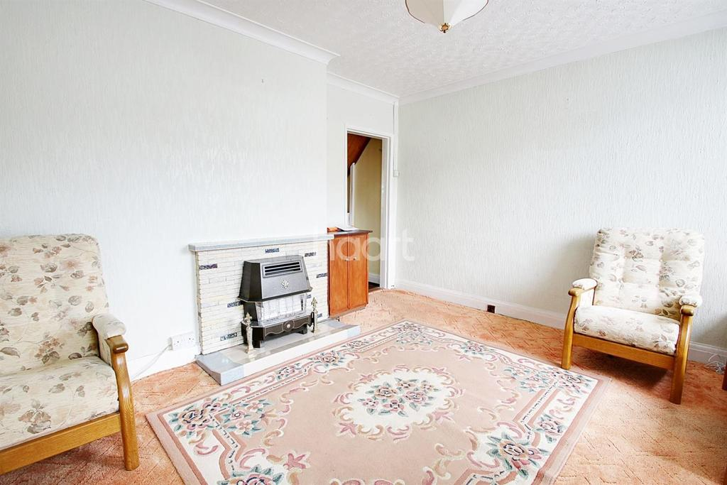 3 Bedrooms Terraced House for sale in Elm Park Avenue, Hornchurch