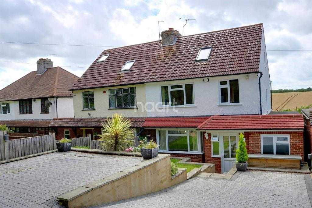 4 Bedrooms Semi Detached House for sale in Christies Avenue, Badgers Mount