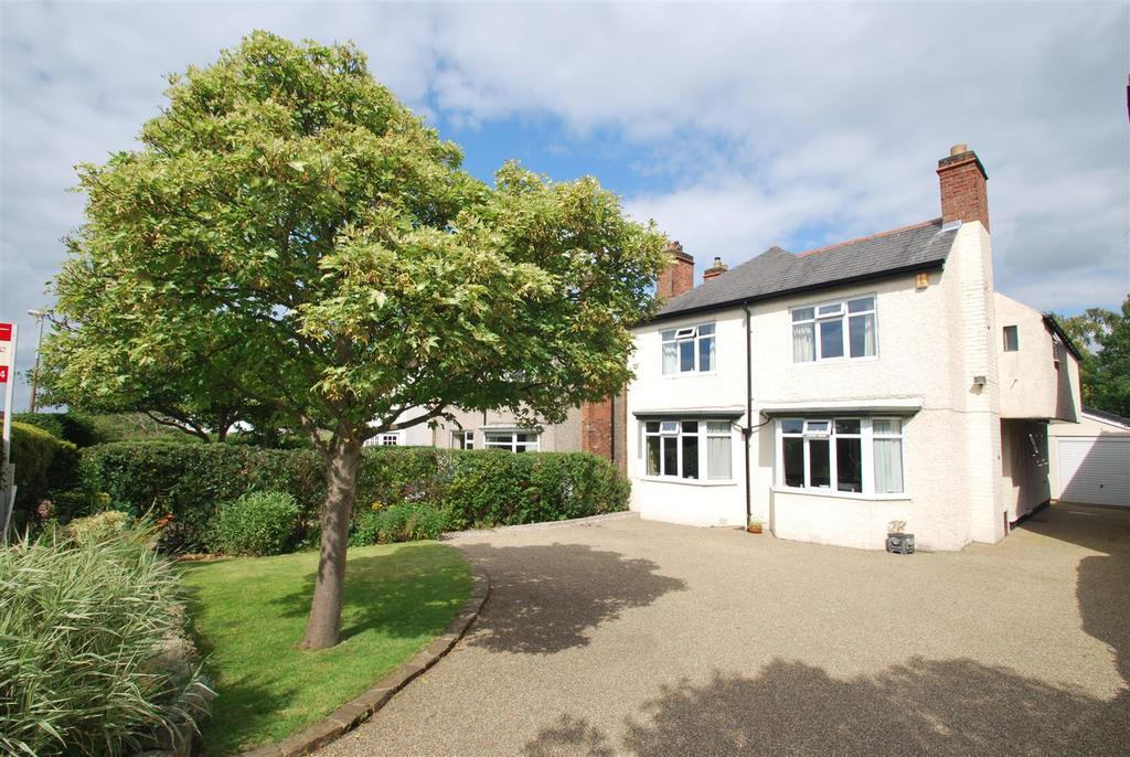 4 Bedrooms Detached House for sale in Fluin Lane, Frodsham