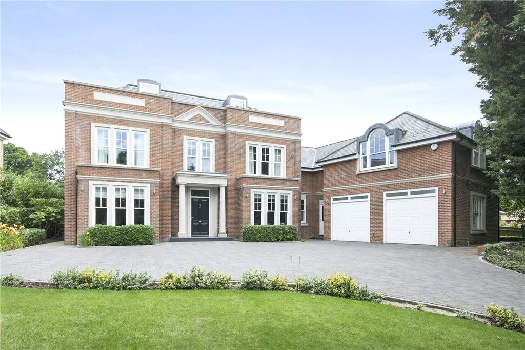 5 Bedrooms Detached House for sale in Eaton Park, Cobham, Surrey, KT11