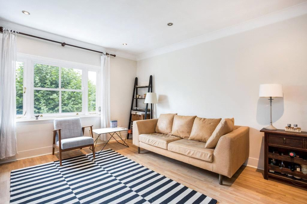 2 Bedrooms Flat for sale in Clifton Hill, London, NW8