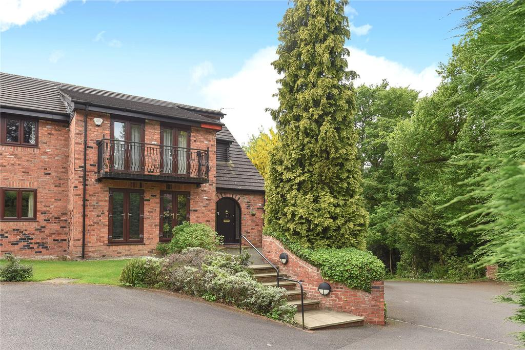 2 Bedrooms Flat for sale in Garth Heights, Wilmslow Park North, Wilmslow, Cheshire, SK9