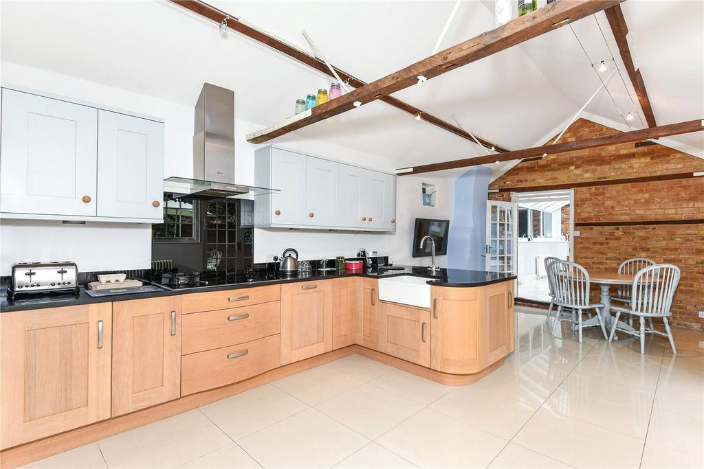 4 Bedrooms Semi Detached House for sale in Bedford Street, Woburn, Bedfordshire, MK17