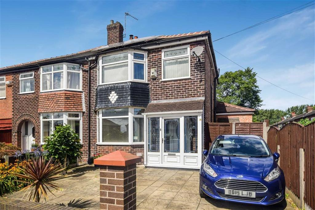 3 Bedrooms Semi Detached House for sale in Gorse Road, South Swinton