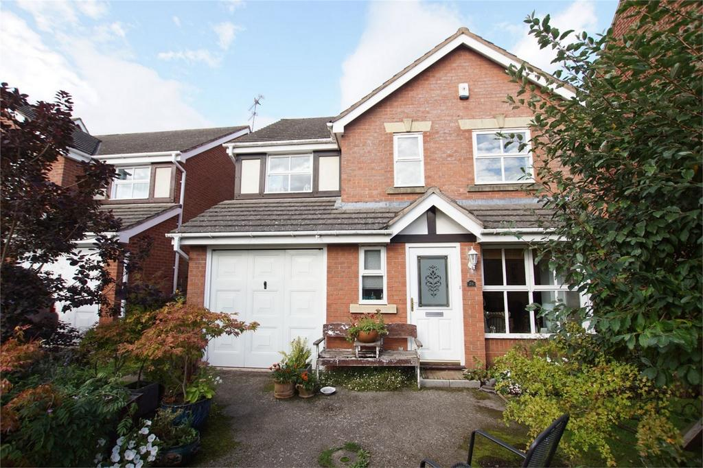 4 Bedrooms Detached House for sale in Bolingbroke Drive, Heathcote, Warwick