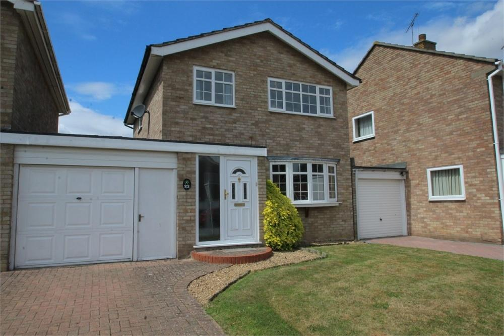 3 Bedrooms Detached House for sale in Belmont Crescent, COLCHESTER, Essex