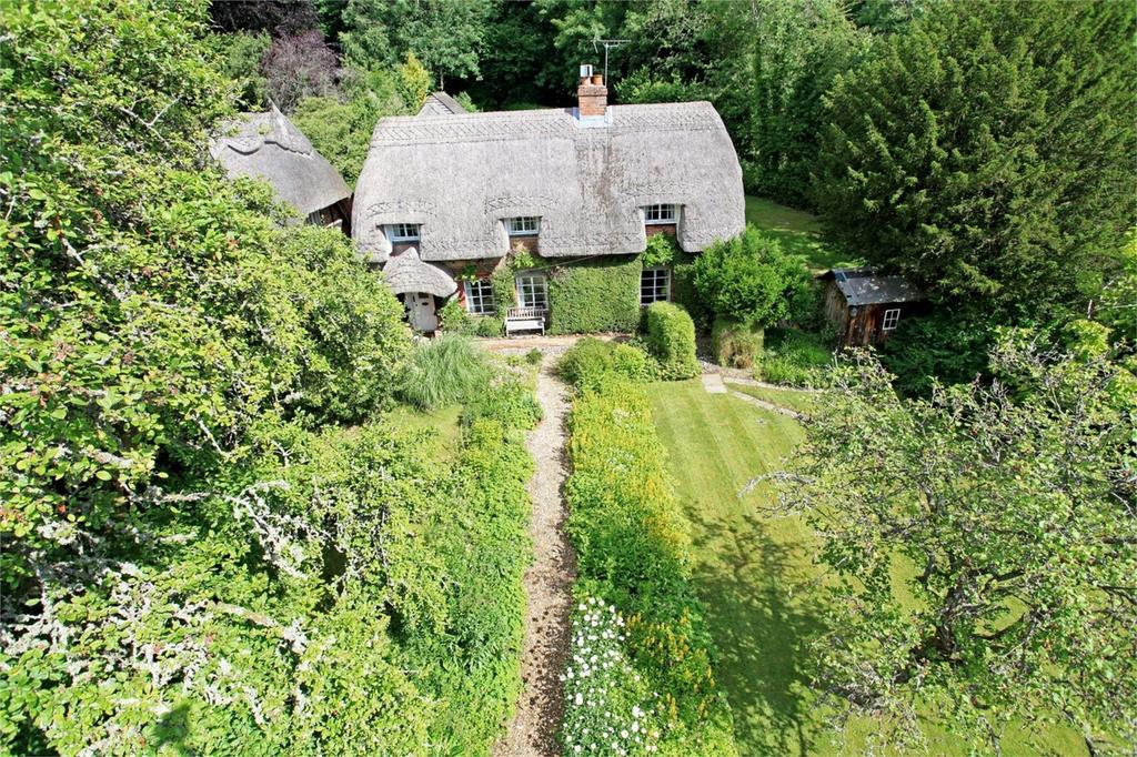 3 Bedrooms Cottage House for sale in Beech, Alton, Hampshire